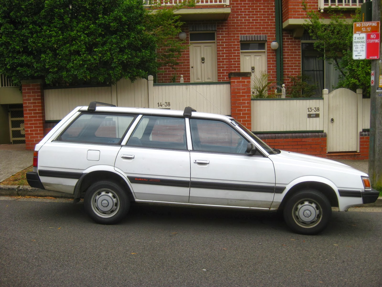 Aussie Old Parked Cars 1989 Subaru L Series 4wd Wagon