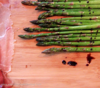 Prosciutto wrapped Asparagus with a Balsamic Glaze - Easy Life Meal & Party Planning
