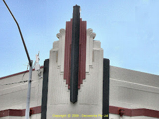 Gearin hotel facade detail
