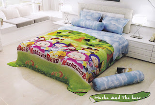 Sprei Santika Deluxe Masha and The Bear
