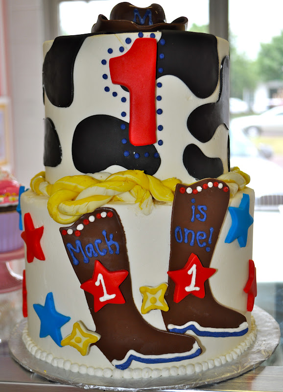 Leahs Sweet Treats Western Themed Birthday Cake And Smash Cake