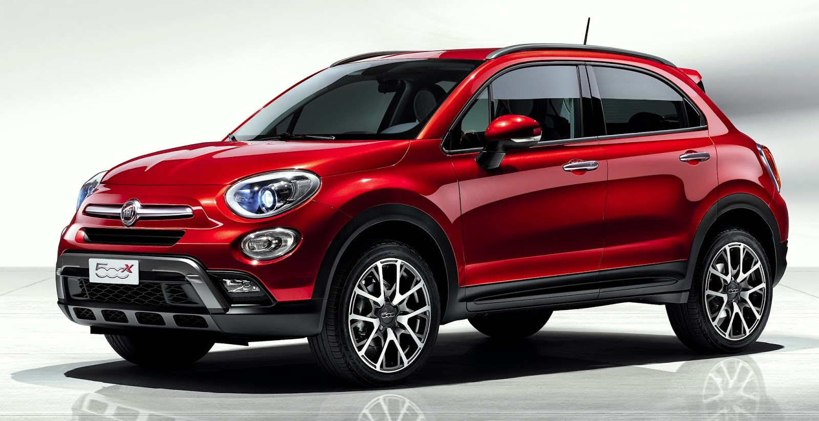fiat debuts all new 500x sub compact crossover at the paris motor show w video. Black Bedroom Furniture Sets. Home Design Ideas