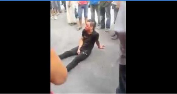 """فيديو : هذه حقيقة """"وفاة """" الشفار """" الذي اشبعوه ضربا حتى فقد عينه !"""