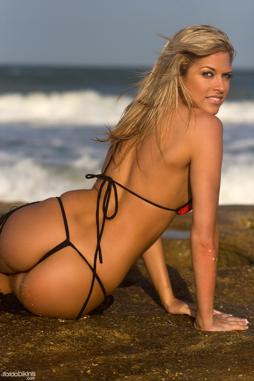 Wwe diva kelly kelly nude sorry, that