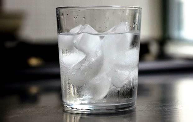 Bahaya Mengkonsumsi Es saat Hamil