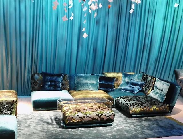 neue BRETZ Napali Couch im 70er Lounge-Design auf der imm cologne 2013