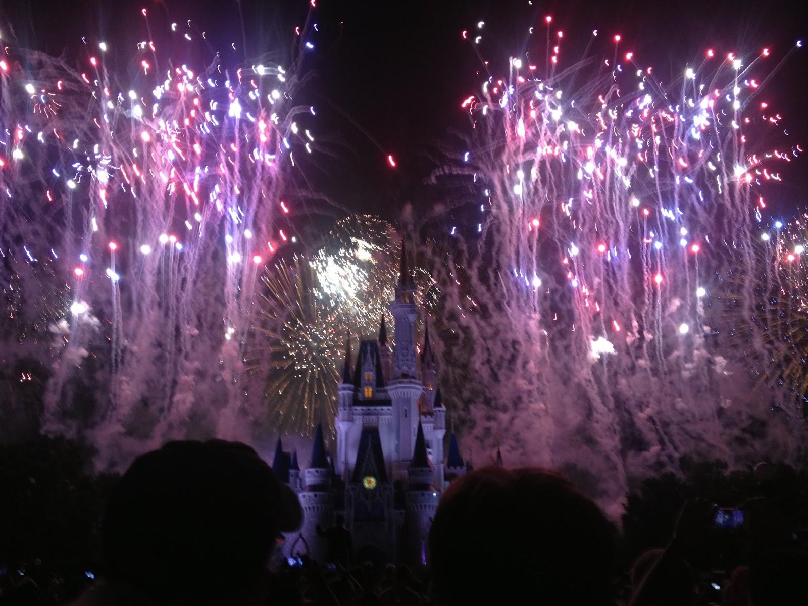 disney world castle wallpaper fireworks wwwimgkidcom