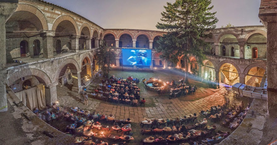 beautiful cinemas around the world