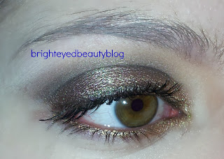 soft daytime golden smoky eye