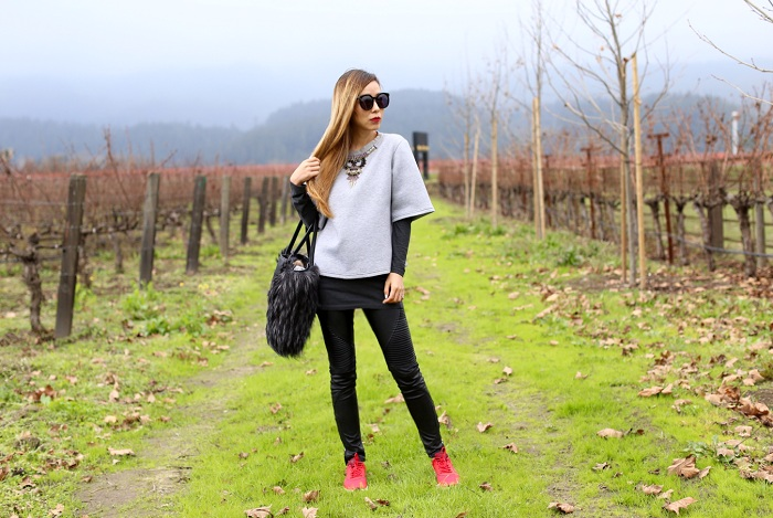 HEMANT AND NANDITA EMBELLISHED 34 SLEEVE SWEATSHIRT, Coco Rocha x Botkier Paris Tote, karen walker super duper sunglasses, blank denim moto pants, nike air max sneaker, street style, napa valley, holiday gift shopping, xmas gift ideas, xmas sale 2015, holiday shipping deadline 2015