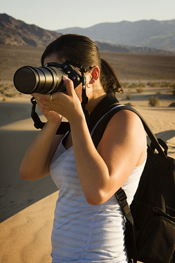 travel photography safely