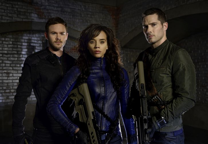 Killjoys - First Look Promotional Cast Photo