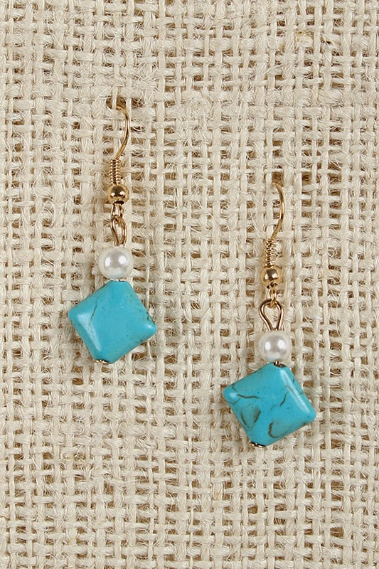http://www.urbanog.com/Pearl-and-Turquoise-Earrings_102_54300.html
