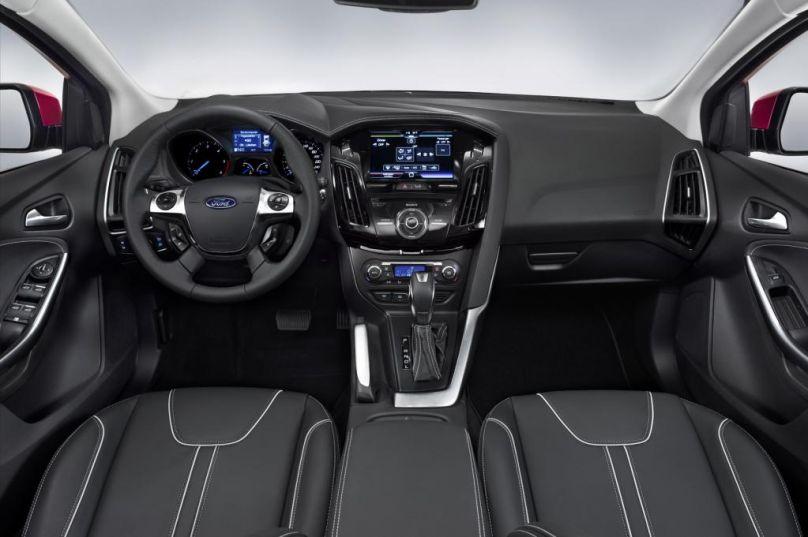 ford focus titanium 2013 interior