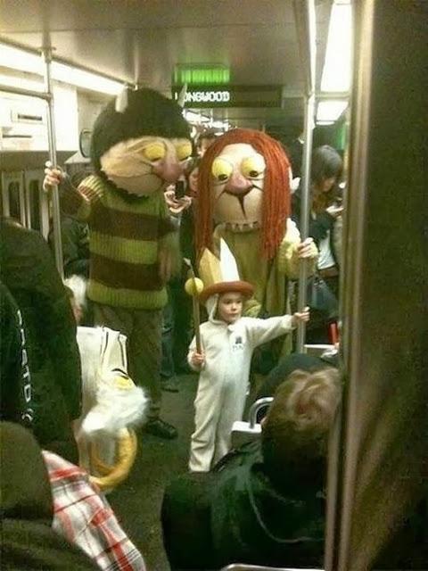 Donde viven los monstruos, en el metro