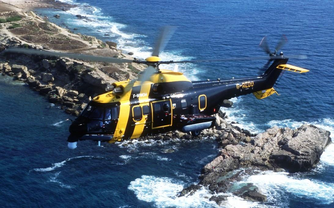 AS332 Super Puma Helicopter Wallpaper 2