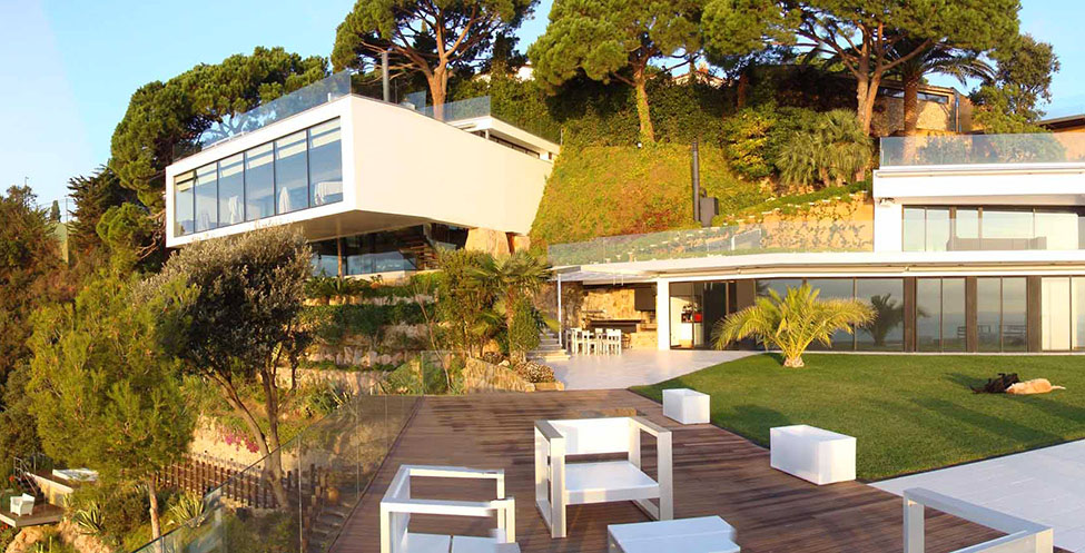 Casa detalles casa de lujo en costa brava de espa a - Casas del mar espana ...