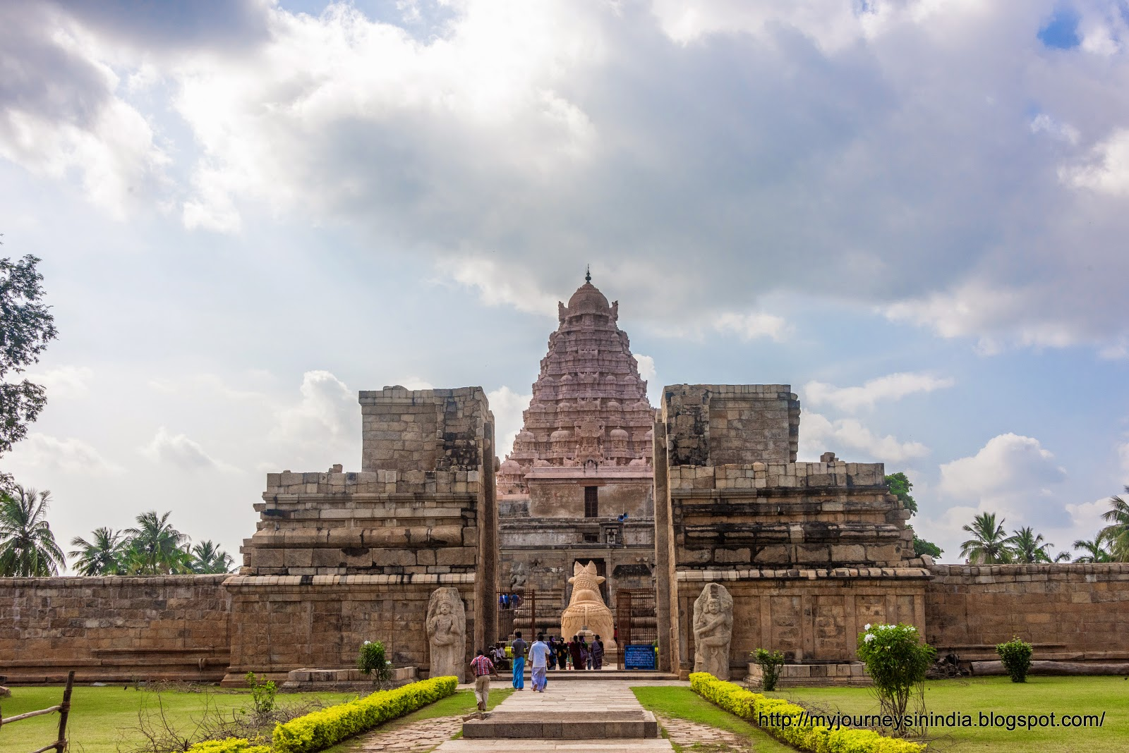 Gangaikondacholapuram main entrance view