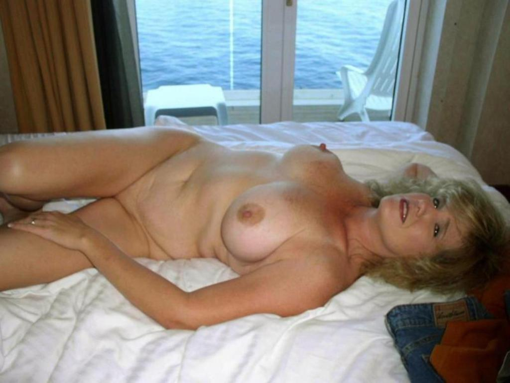 Abbe heche nude