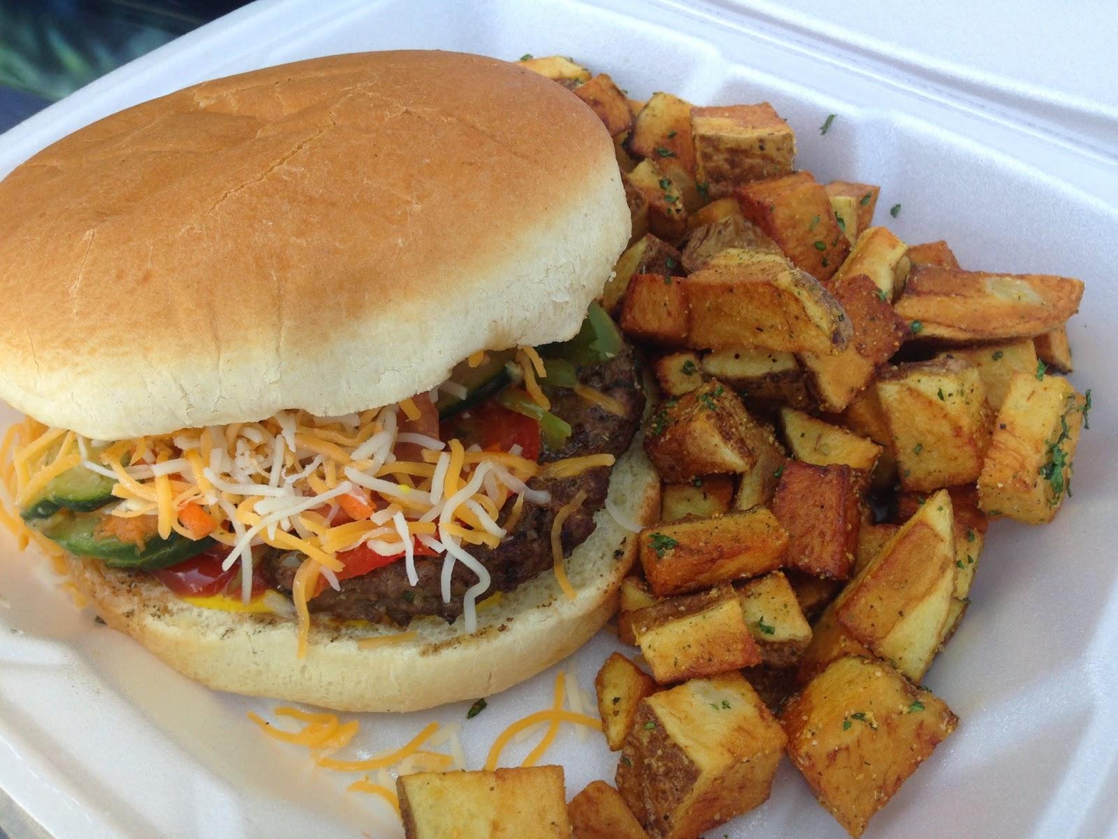 Caribbean Blend Food Truck, Rahsta Burger