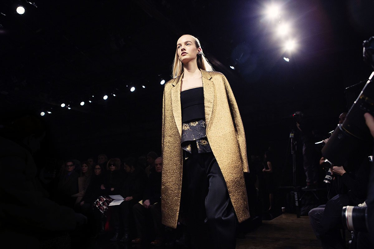 Donna Karan Fall/Winter 2015 runway show via fashionedbylove.co.uk