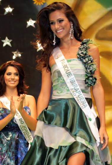 driely bennettone,miss terra brazil 2011
