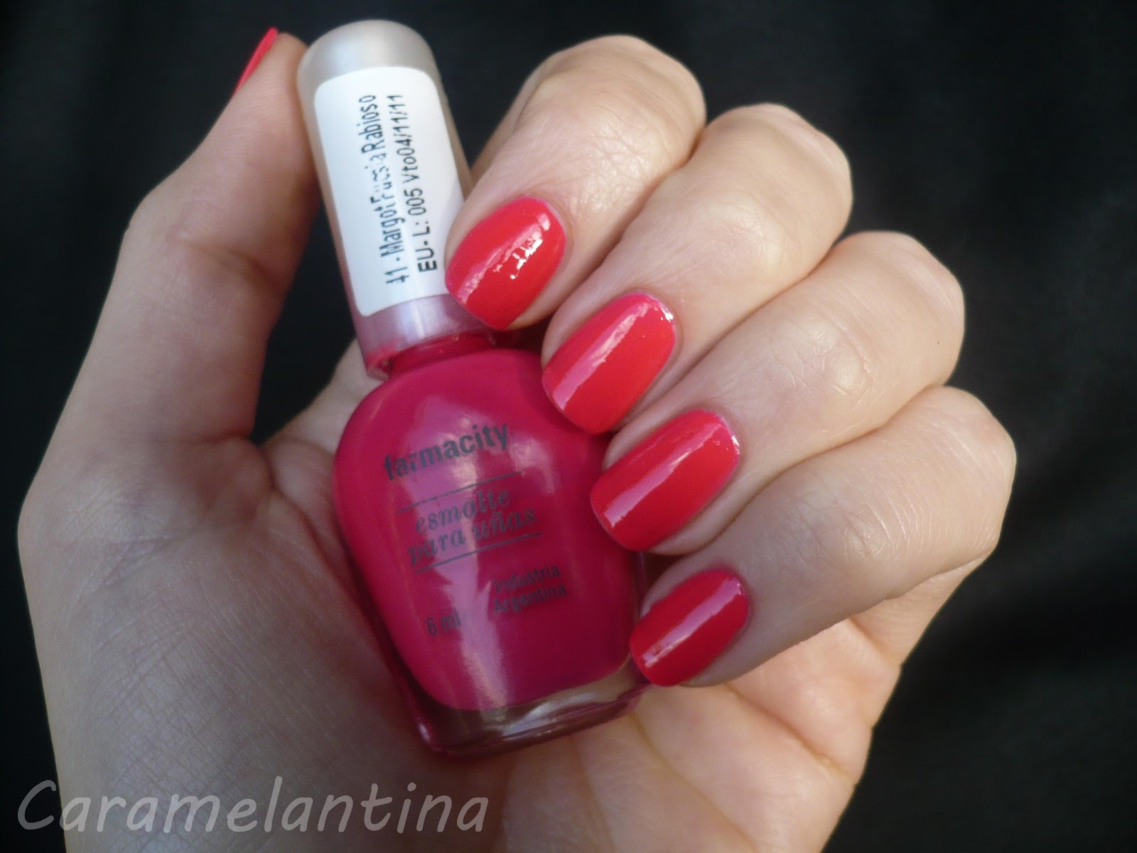 Esmaltes Farmacity, Margot Fucsia Rabioso, opiniones swatch review
