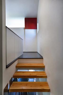 """wood stairs ideas LEED House """"Like A Houseboat"""""""