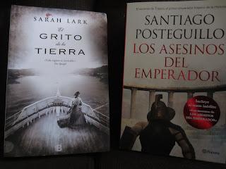 Libros El grito de la tierra y Los asesinos del emperador