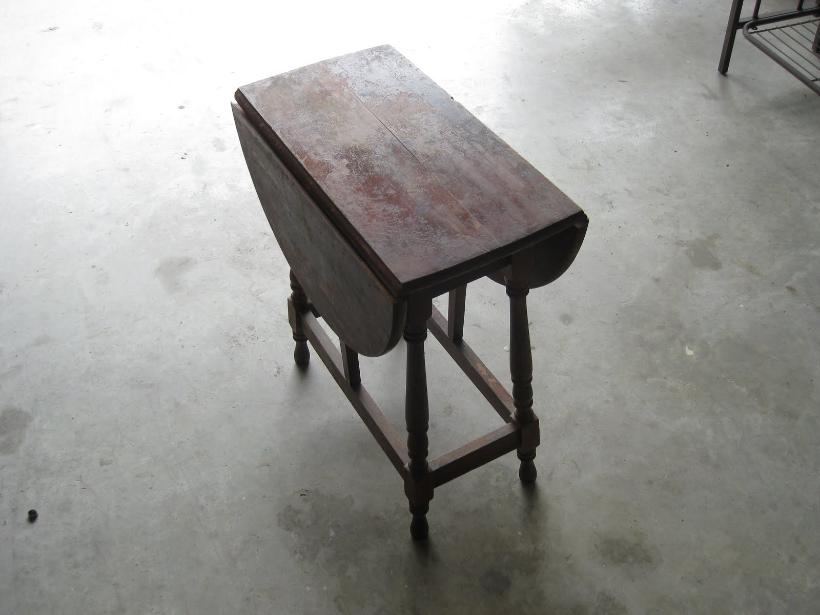 Remarkable Antique Fold Away Table 1600 x 1200 · 127 kB · jpeg