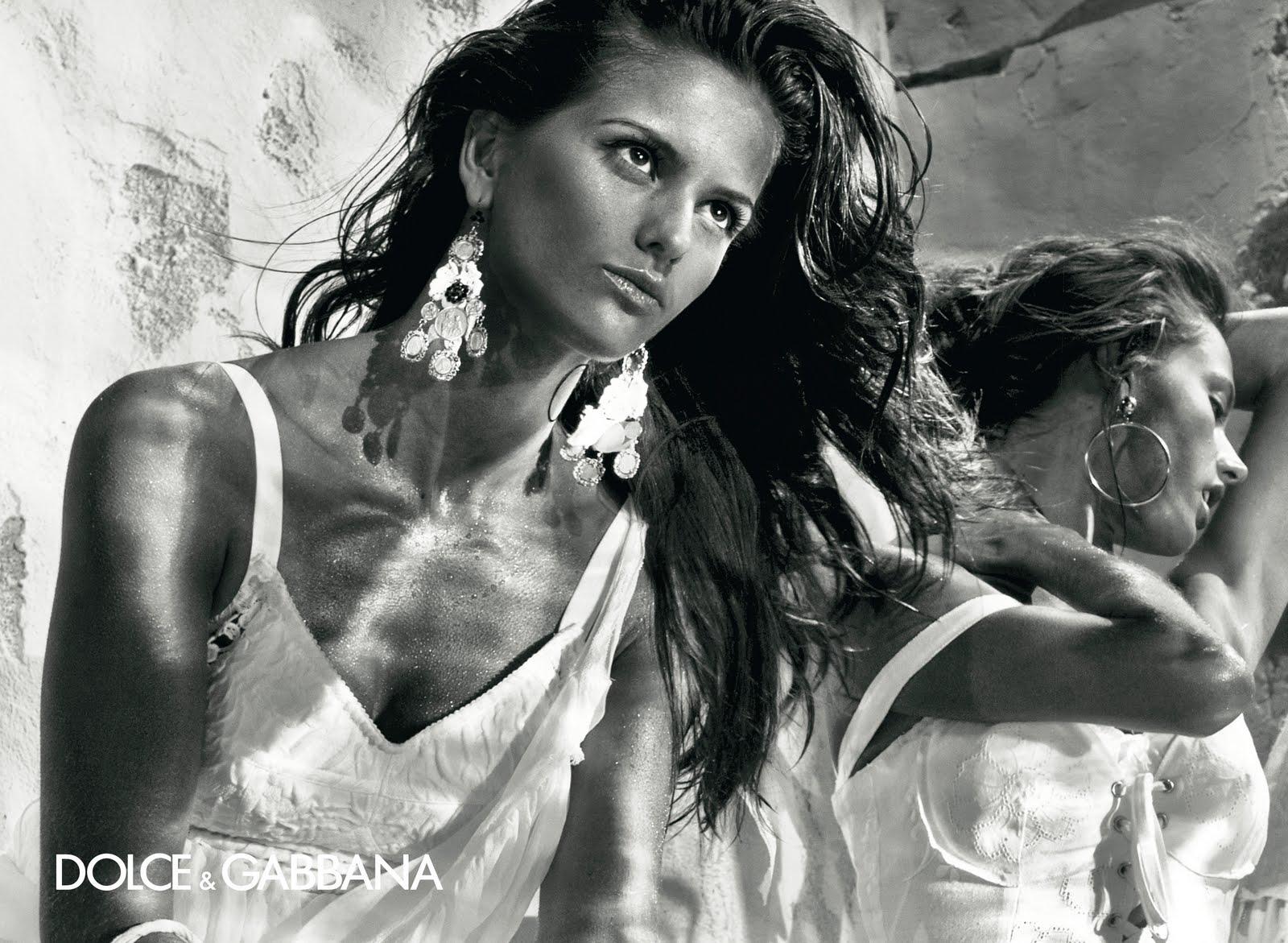 Dolce Gabbana Spring Summer 2011 Fashion Show