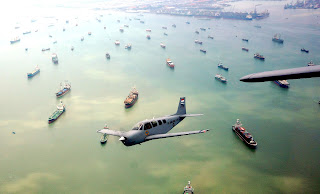 http://4.bp.blogspot.com/-bgh1mbL6R1g/VZCOG67quaI/AAAAAAAAHHo/Te25OSMlxgI/s1600/Latihan-Flypass-Gelar-Alutsista-TNI-AL-nas.jpg
