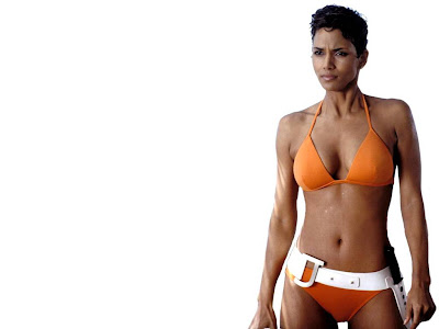 Halle Berry Hot Hd Wallpapers 2013