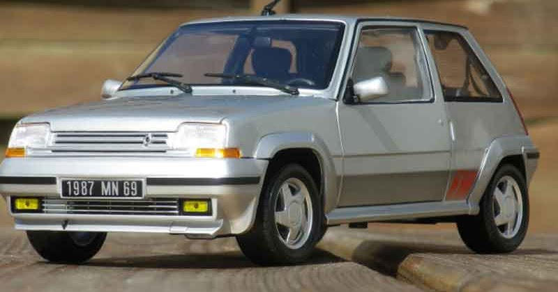 fiat uno turbo ie phase 2 with Pocket Rokets Old on T1882 Le Week End Prochain Je Monte Mon Garage Des Volontaires furthermore T2 Uno Turbo Ie further Pocket Rokets Old likewise T4150 Bourse D Echange A Crozon Le Dimanche 18 Octobre 2015 besides T2857 Photo Sortie Valct Du 15 03 2009 A Plougastel.