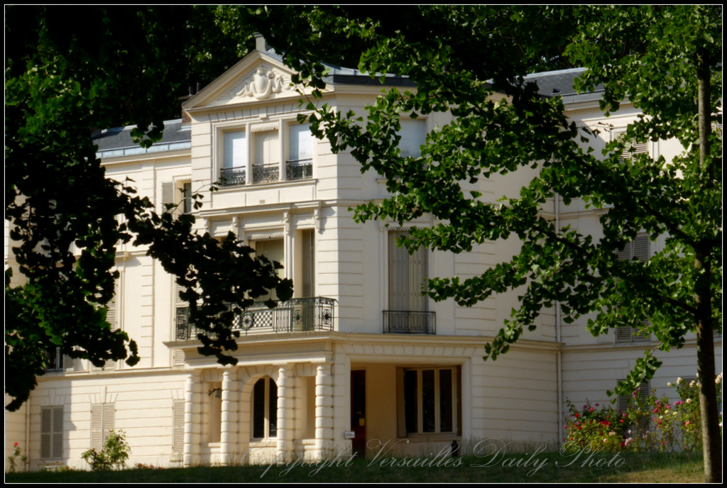 Versaillesdailyphoto blog la maison blanche for Ashoka ala maison