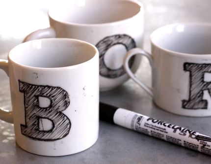 make monogram mugs