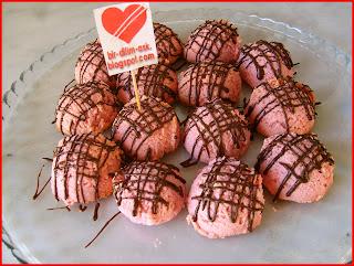 Frambuaz Çikolatalı Balayı Kurabiye tarifi