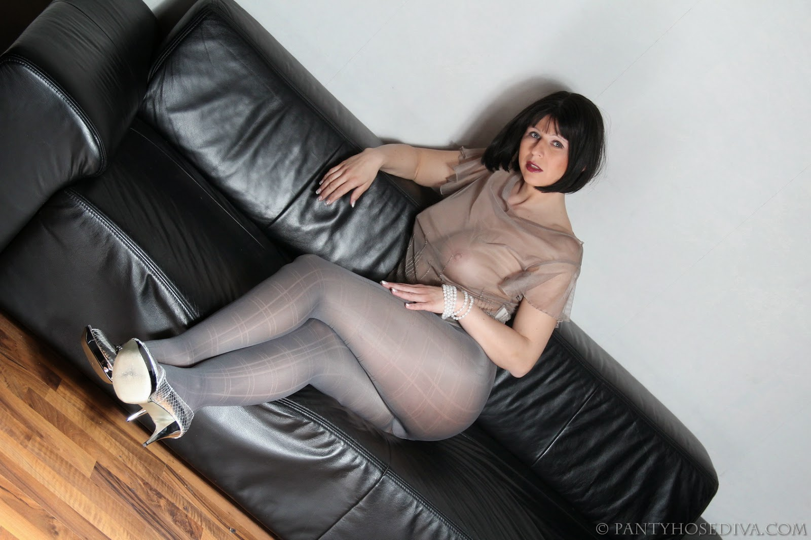 Bit Of Matures And Pantyhose Horny 118