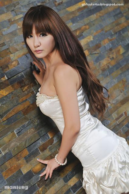 2 Ryu Ji Hye-Strapless bubble Mini Dress-very cute asian girl-girlcute4u.blogspot.com