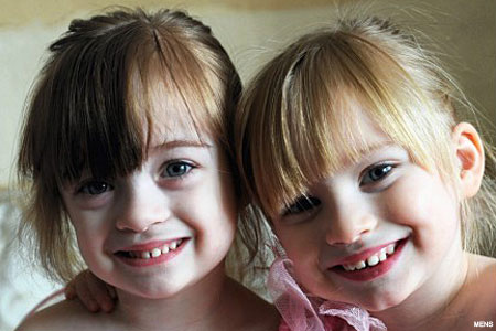 twin_girls_450x300.jpg