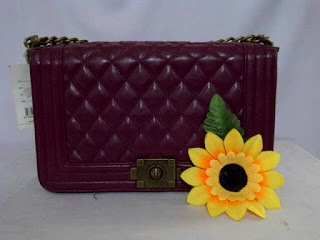 tas channel warna ungu