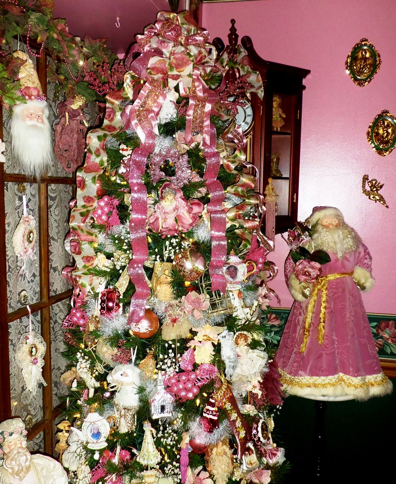 A Pink,White & Gold Christmas in the Dining Room ( First Half) ,Part 6 ,Our Christmas Home Tour 20