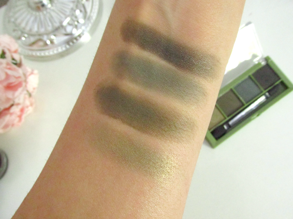 alverde Lidschatten Quattro - 51 Dark Temptation Swatches trocken ohne Base