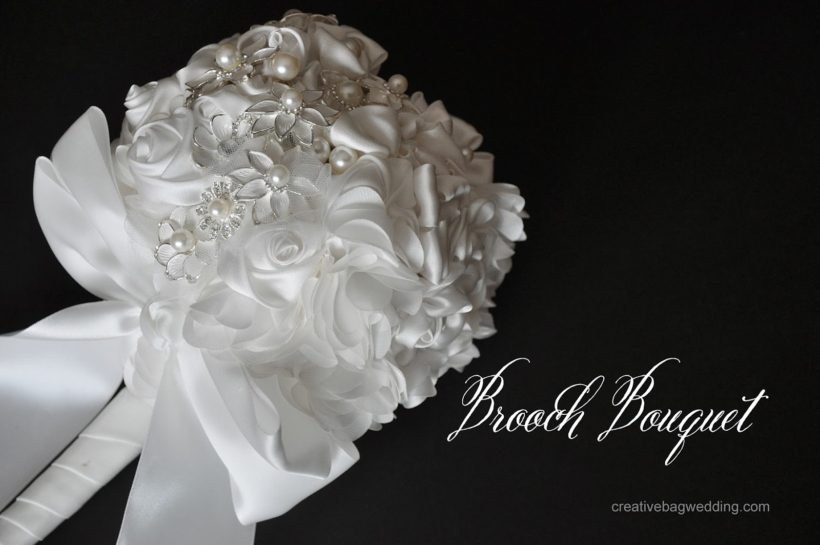 couture brooch bouquet | creativebag.com