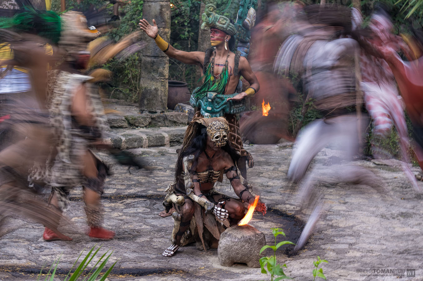 Crazy Mayan Dance in Xcaret park