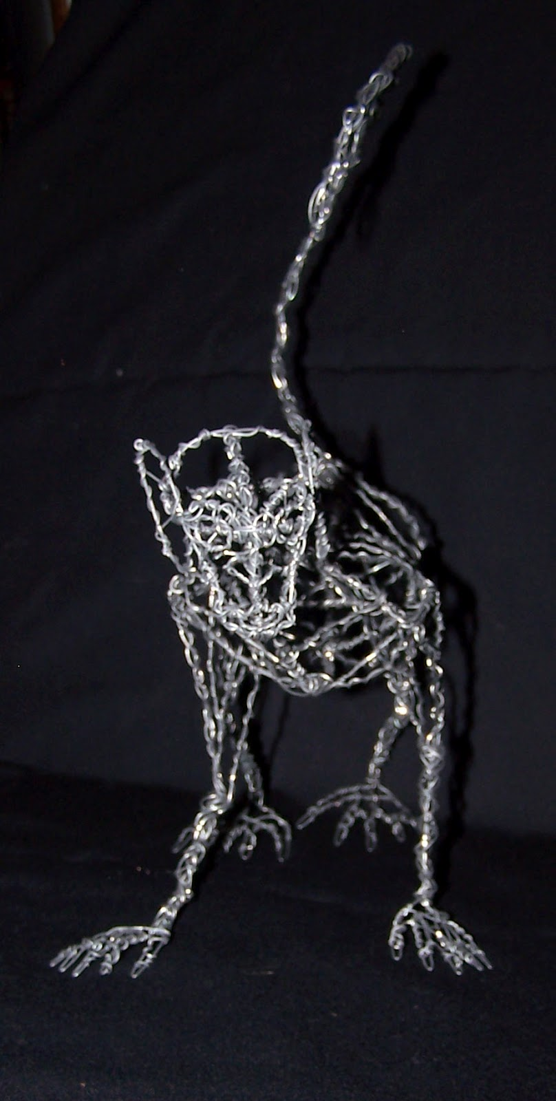 Monkey Made Of Wire - WIRE Center •