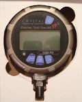 new CRYSTAL DIGITAL TEST GAGE XP2i-1K  #10.000PSI