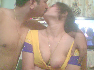 Nude Photos 2013: desi mallu aunties