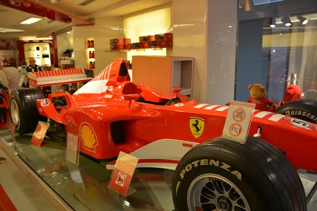 Shopping in Venice Ferrari