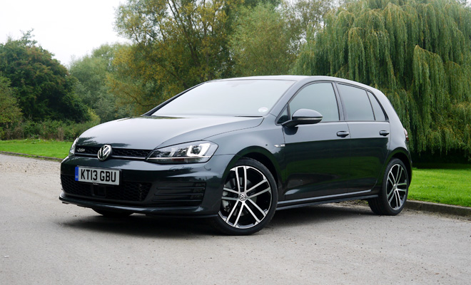 fruity and frugal volkswagen golf gtd reviewed. Black Bedroom Furniture Sets. Home Design Ideas
